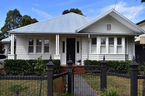 Updating Your Queenslander with Pine Weatherboard