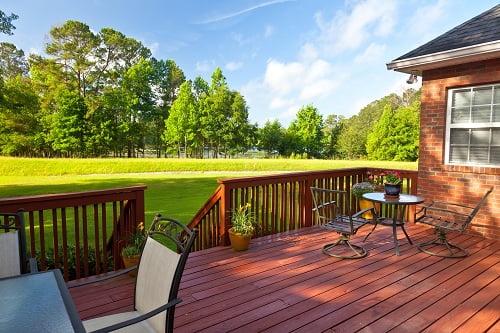 Wooden Decks: Its Benefits and Bonuses