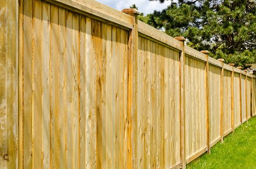 Tips for Designing Your Wooden Fence